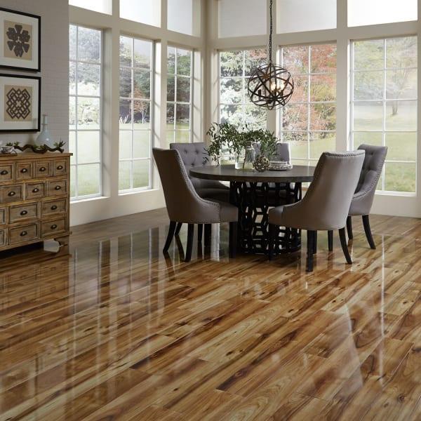 Dream Home Xd 12mm Heard County Hickory, High Gloss Laminate Flooring