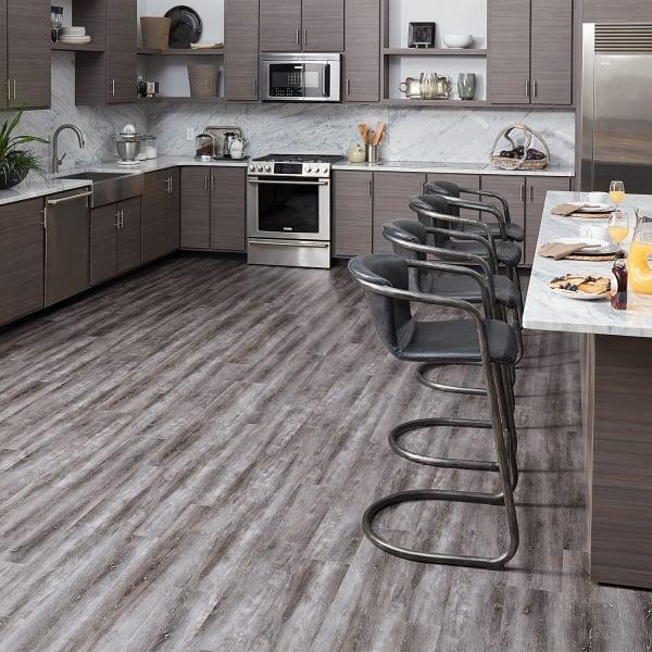 Tranquility Ultra 5mm Fieldstone Oak Waterproof Luxury Vinyl Plank Flooring 7 In Wide X 48 In Long Ll Flooring